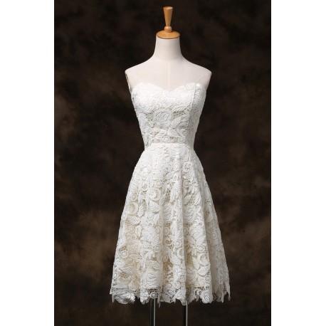 4df448d5291 krátké krémové svatební nebo společenské šaty krajkové Linda S-M
