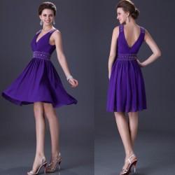 krátké fialové společenské šaty na ramínka S
