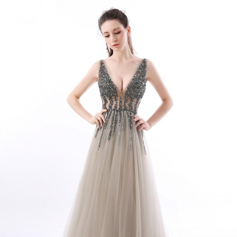 e34e68a26342 ... luxusní sexy tylové plesové šaty s rozparkem Alicia XS