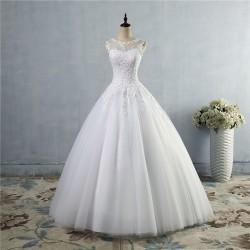 luxusní svatební šaty s bohatou tylovou sukní a krajkovým živůtkem Merista L-XL