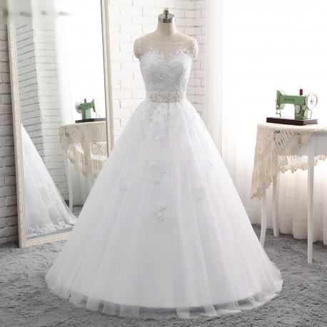 0b077ebc129 luxusní bílé princeznovské svatební šaty Anna Marie S-M