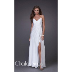 Luxusní bílé společenské šaty na míru