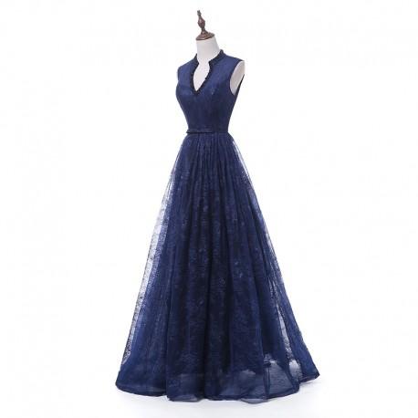 tmavě modré krajkované plesové šaty na maturiní ples Wanda XS-S