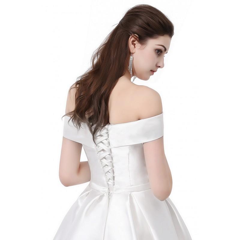f9a2083a3f0 ... bílé klasické saténové svatební šaty se spadlými ramínky Veronica S-M  ...