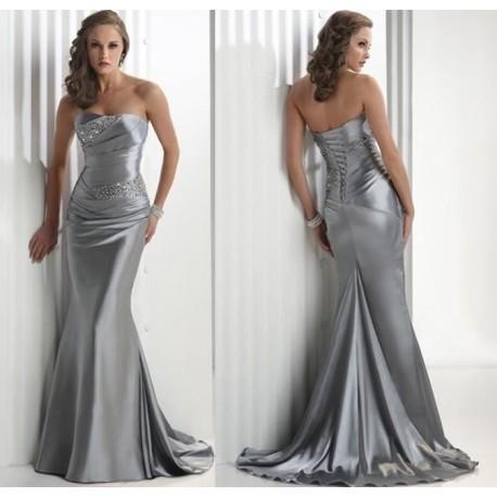 Stříbrné luxusní společenské šaty na míru