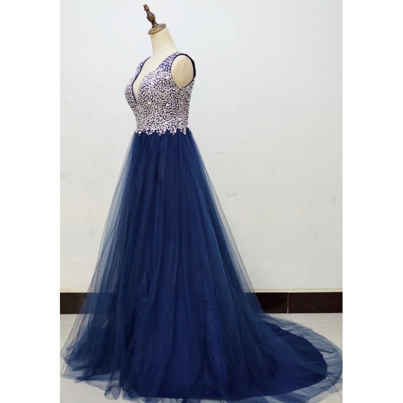 3d90ab68039 ... tmavě modré tylové plesové šaty na maturitní ples Caroli XS ...