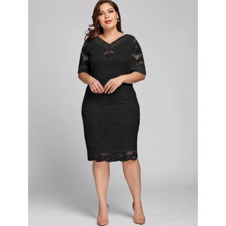 krátké černé krajkové společenské šaty Vanda XXL
