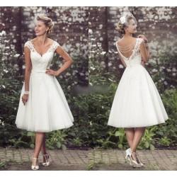 bílé krátké retro svatební šaty Tina S