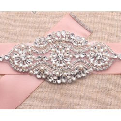 saténová svatební stuha na svatební nebo společenské šaty - světle růžová