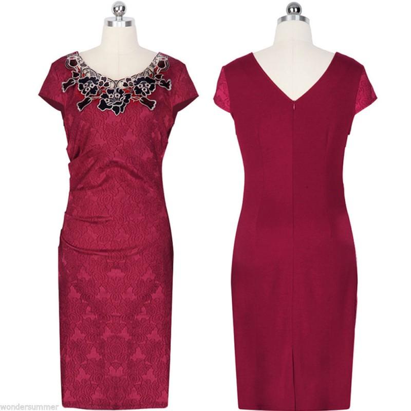 ec83dba0d1c ... vínové společenské šaty s krajkovým vzorem XL