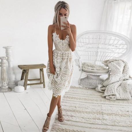 Nové krátké bílé letní šaty na špagetová ramínka S-M eb811a10dcf