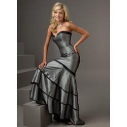 Luxusní šaty na míru