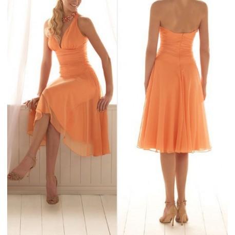 Krátké oranžové šaty na míru