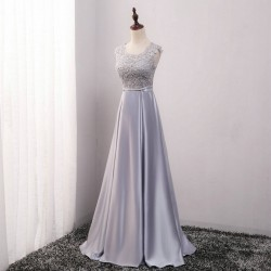 šedé dlouhé saténové plesové šaty s krajkou Mona S