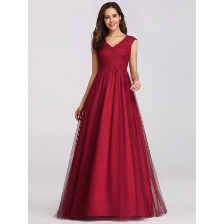 červené dlouhé společenské šaty s tylovou sukní M