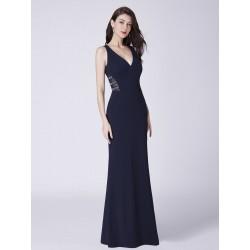jednoduché dlouhé černé společenské šaty Erika