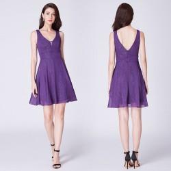 krátké fialové společenské šaty do tanečních S
