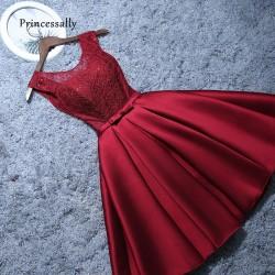 krátké vínové společenské šaty do tanečních Mina XS-S