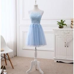 krátké světle modré společenské šaty do tanečních XS-S