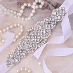 saténová stuha štrasová ozdoba svatebních šatů - bílá 7