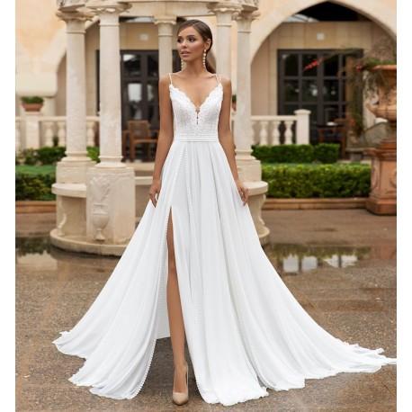 boho svatební šaty na ramínka s rozparkem Becca S