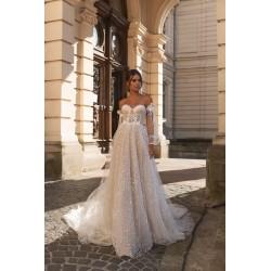 bílé svatební šaty boho s širokými rukávky S-M
