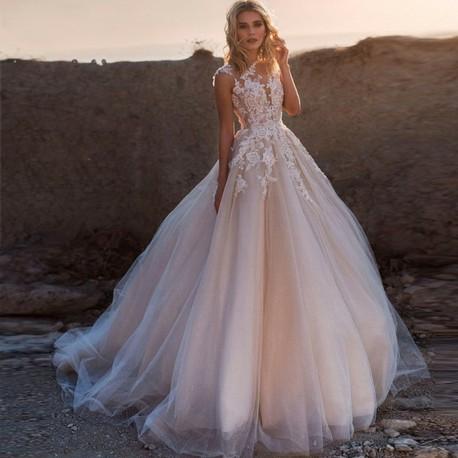 svatební šaty s krajkovým živůtkem Anna S-M