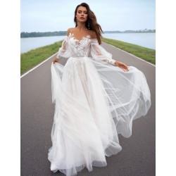 tylové svatební šaty s dlouhými rukávy Leslie S