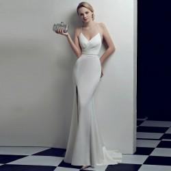 krémové svatební šaty upnuté Karin S