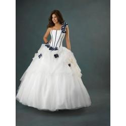 svatební nebo plesové šaty na jedno rameno Karol šité na zakázku