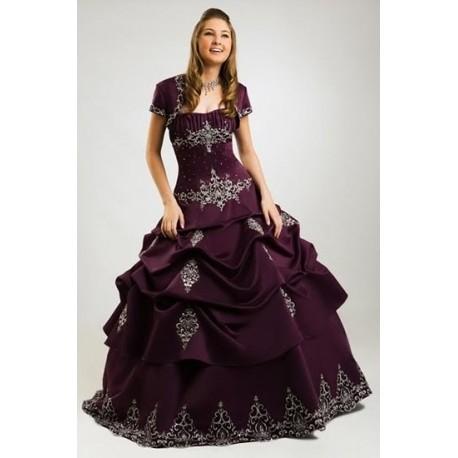 Fialové večerní šaty na míru