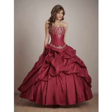 Nádherné maturitní šaty na míru - Quinceanera 2011