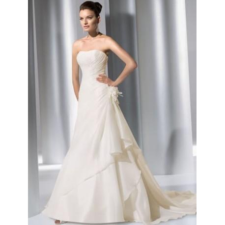 Dokonalé svatební šaty na míru