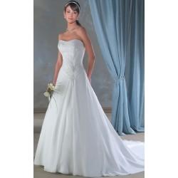 Svatební šaty s vlečkou