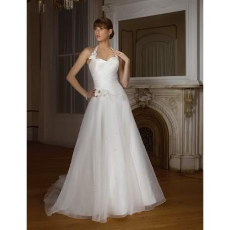 Bílé svatební šaty na míru
