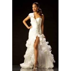 luxusní svatební šaty s velkým rozparkem Lucia šité na zakázku