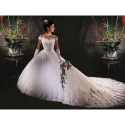 Princeznovské svatební šaty na míru - luxusní kousek