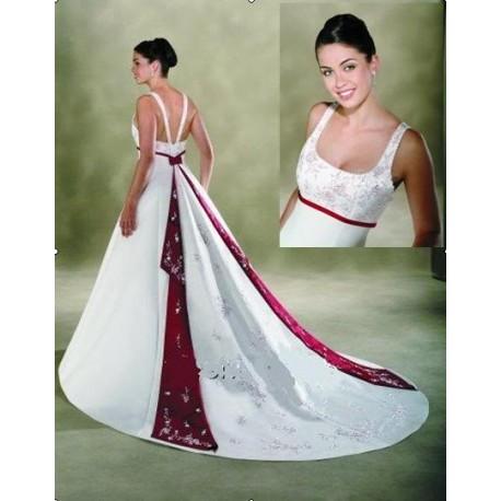 Svatební šaty na míru s ramínky