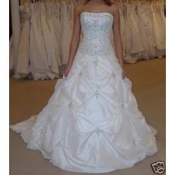 Luxusní svatební šaty na míru