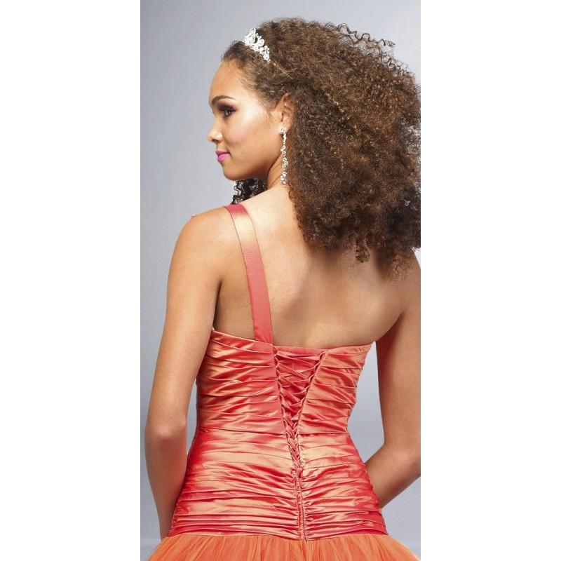 společenské šaty na míru oranžové - Hollywood Style E-Shop - plesové ... 6af868c51a4