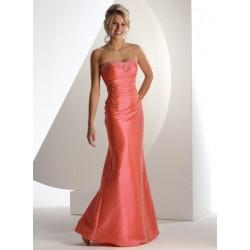 sexy upnuté společenské šaty na míru
