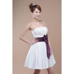 Společenské nebo svatební šaty na míru