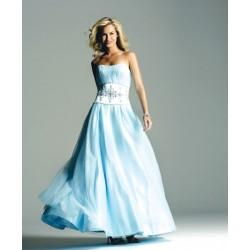 společenské šaty na míru světle modré