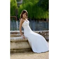 svatební šaty jednoduché