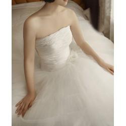 luxusní svatební šaty Derry šité na zakázku