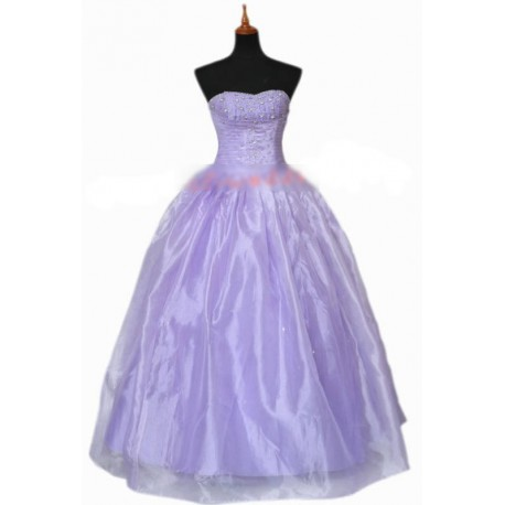 fialové luxusní společenské nebo svatební šaty