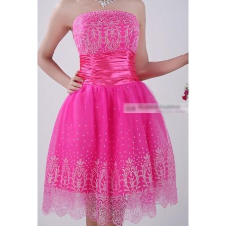 společenské šaty AKCE - Hollywood Style E-Shop - plesové a svatební šaty 9e7bd81bc7