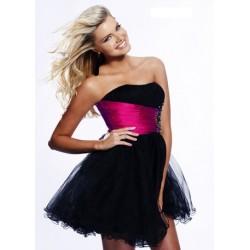 luxusní společenské krátké černé šaty S-M SKLADEM