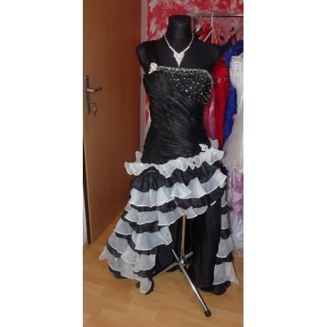 společenské šaty alá Španělsko