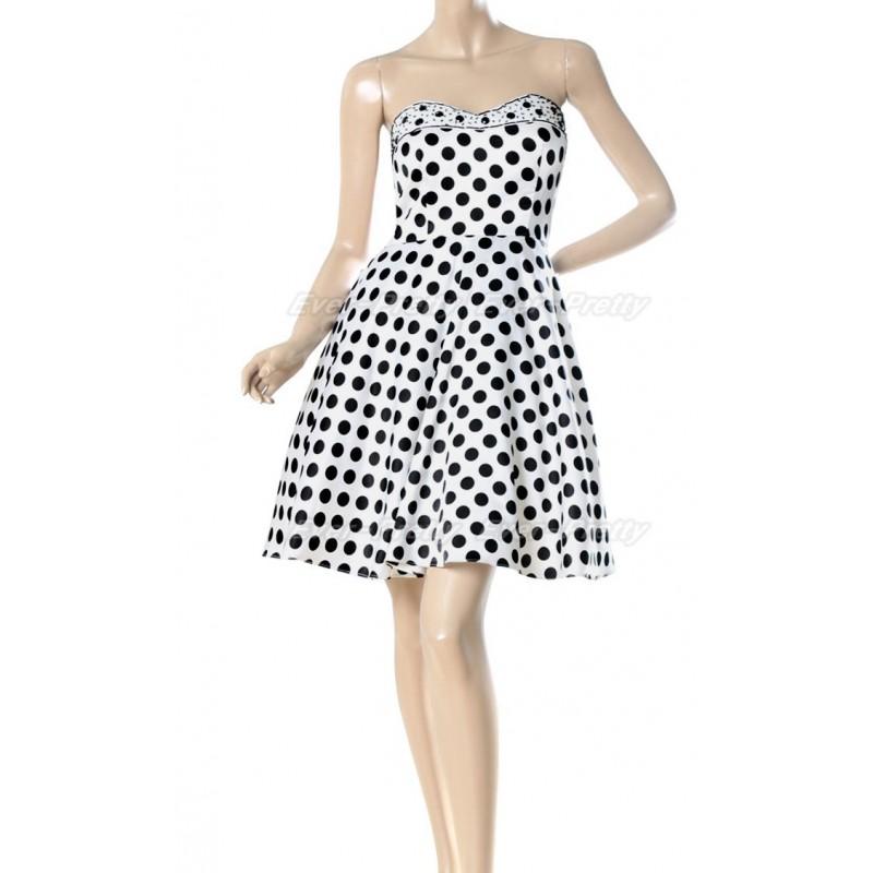 62044d8d778 puntíkaté krátké společenské šaty Fiona S - Hollywood Style E-Shop ...